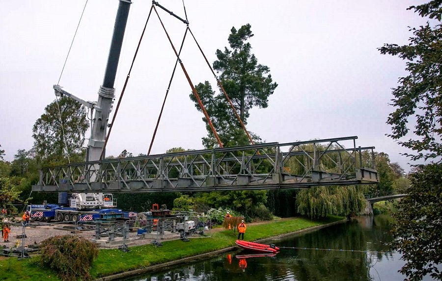 Temporary bridge installed over the River Cam 3